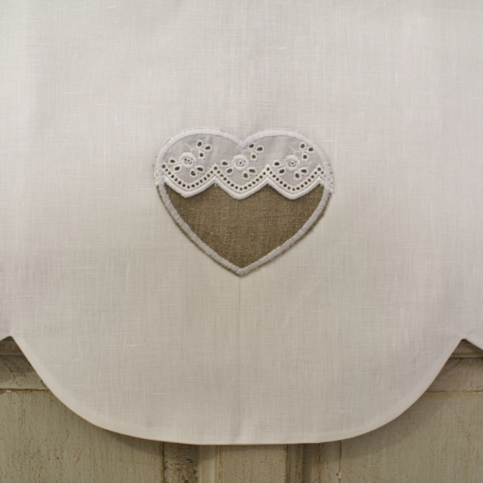 cantonnire lin blanc dcoration coeur et broderie anglaise